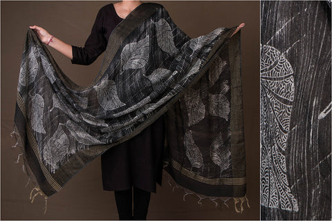 Bagru Dabu Hand Block Print Cotton Dupatta with Woven Border