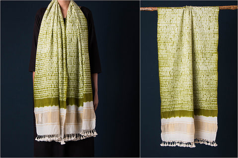 Kutch Handwoven Bandhani Pure Wool Stole with Zari