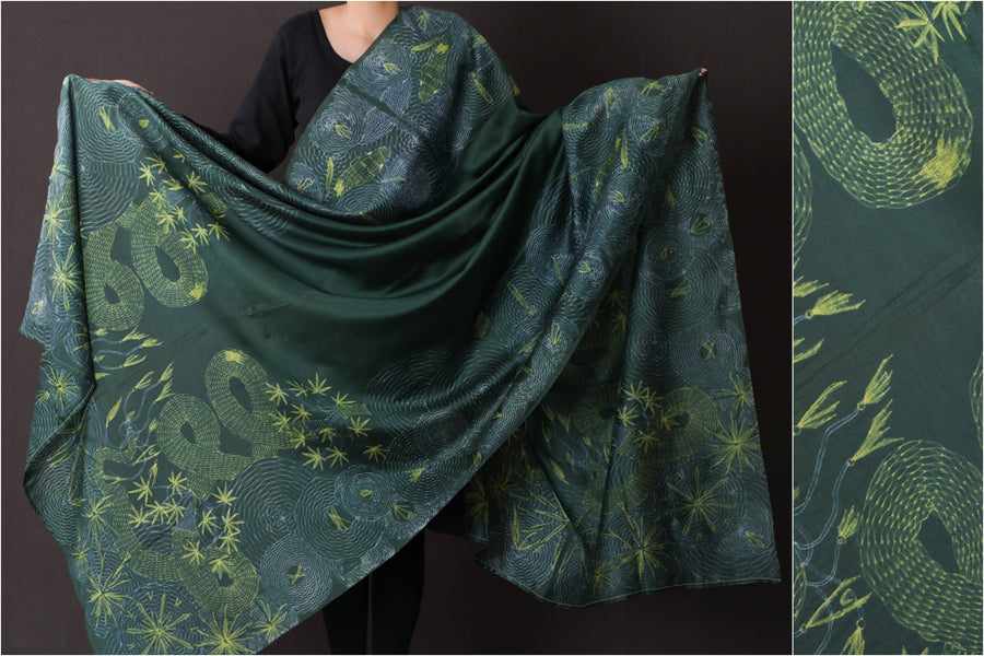Special Cannabis Evolution Snake Chanderi Silk Stitch Resist Dye Lemon/Bottle Green Dupatta