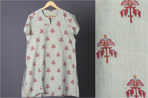 Daram Women Mangalgiri Cotton Hand Block Printed Half Sleeves Kurti