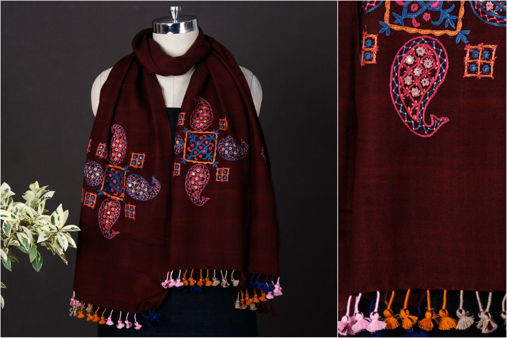Pacco Mirror Hand Embroidered Pure Wool Stole