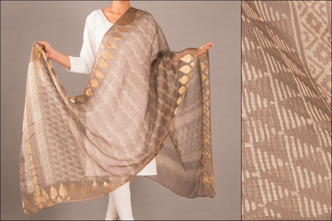 Special Kota Silk Dabu Dupatta with Temple Zari Border