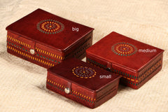Handcrafted Kutch Leather Jewellery Box with Mirror - Medium