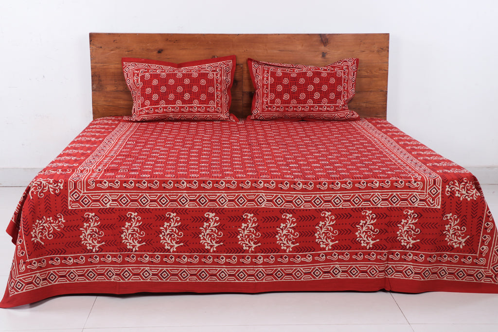 Bagru Hand Block Printed Cotton Double Bed Cover with Pillow Covers - 104in x 89in