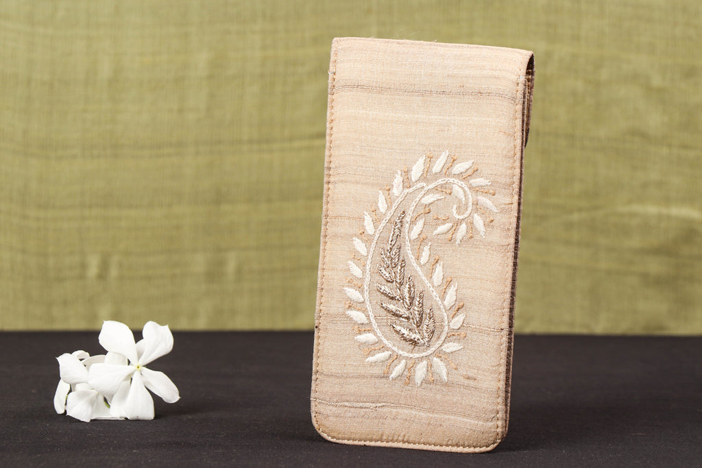 Lucknow Chikankari Hand Embroidered Tussar Silk Spectacle Case