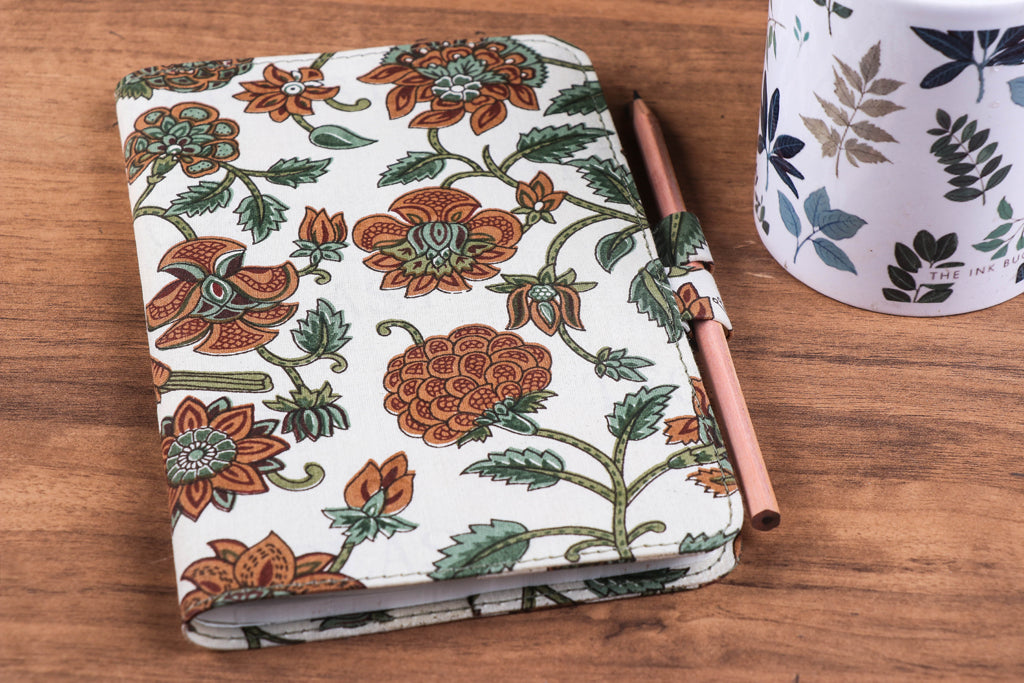 Handmade Classic Notebook With Pencil (Large)