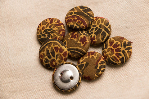 Ajrakh Fabric Button Big (Set Of 8 )