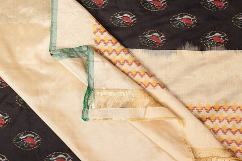 Handspun Pure Silk Pochampally Ikat Zari Saree With Blouse