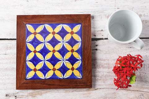 Original Blue Pottery Ceramic Tile Sheesham Wood Hot Plate (8 x 8 inches)