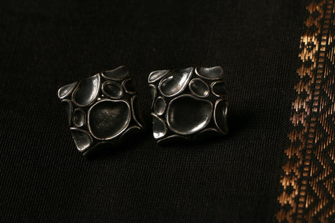 Sterling Silver Frosted Mat Stud Earring