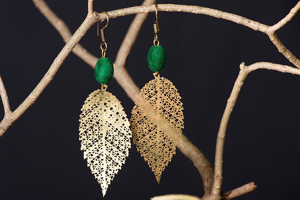 Handcrafted Beaded Jaali Earrings by Jalpari