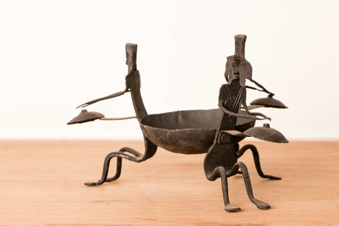 Bastar Tribal Wrought Iron Men Candle Stand