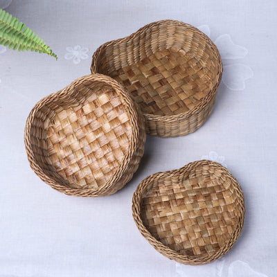 Handmade Organic Water Hyacinth Heart Fruit Basket from Assam (Set of 3)