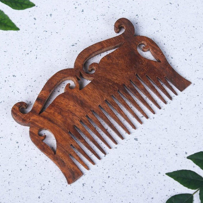 Hand Carved Sheesham Wood Comb (Medium)