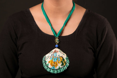 Patachitra Handpainted Sea Shell Necklace - Radha Krishna