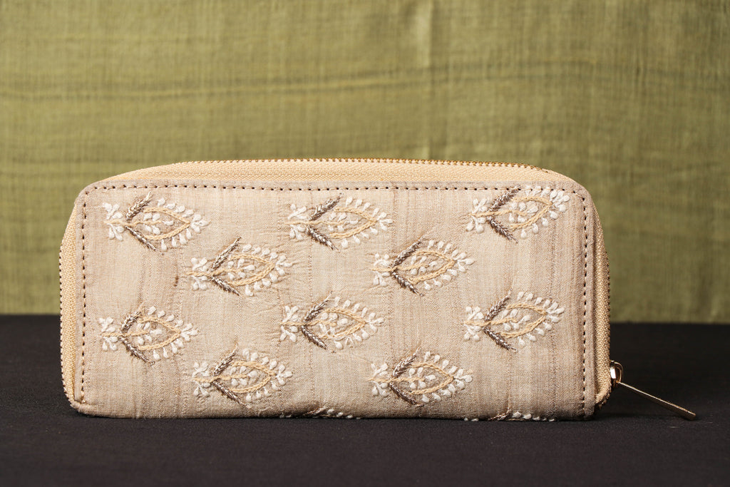 Lucknow Chikankari Hand Embroidered Tussar Silk Wallet