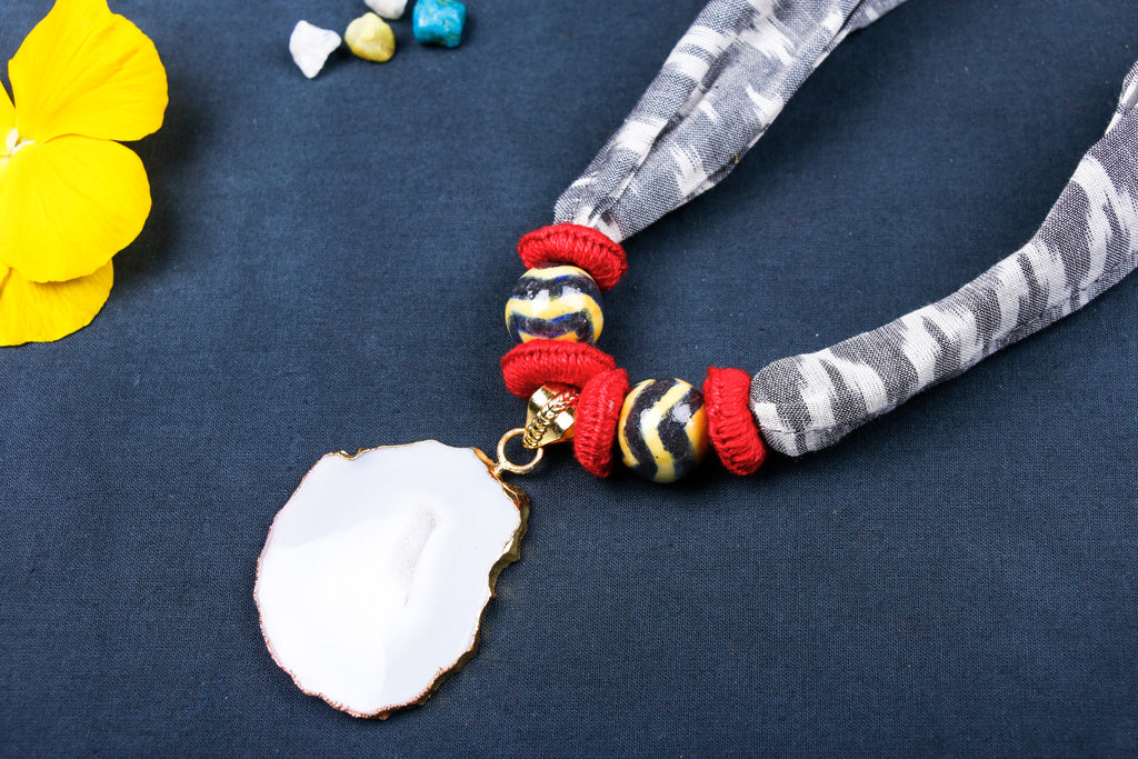 Special Ikat Cotton Fabric Stone Necklace