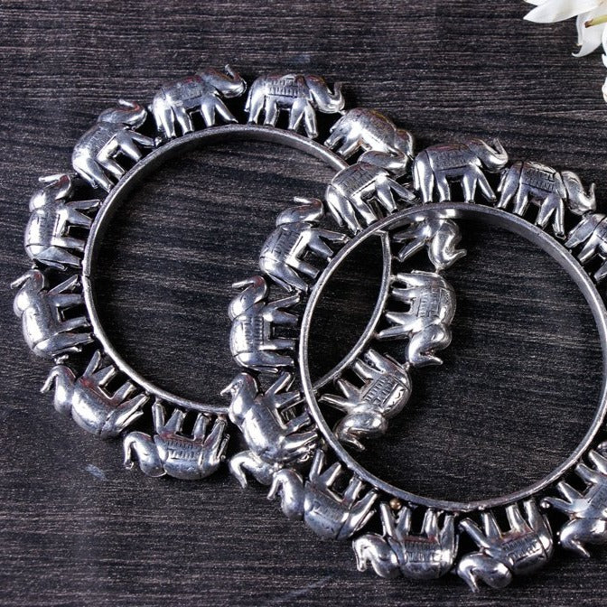 Antique Finish German Silver Bangle (Set of 2)