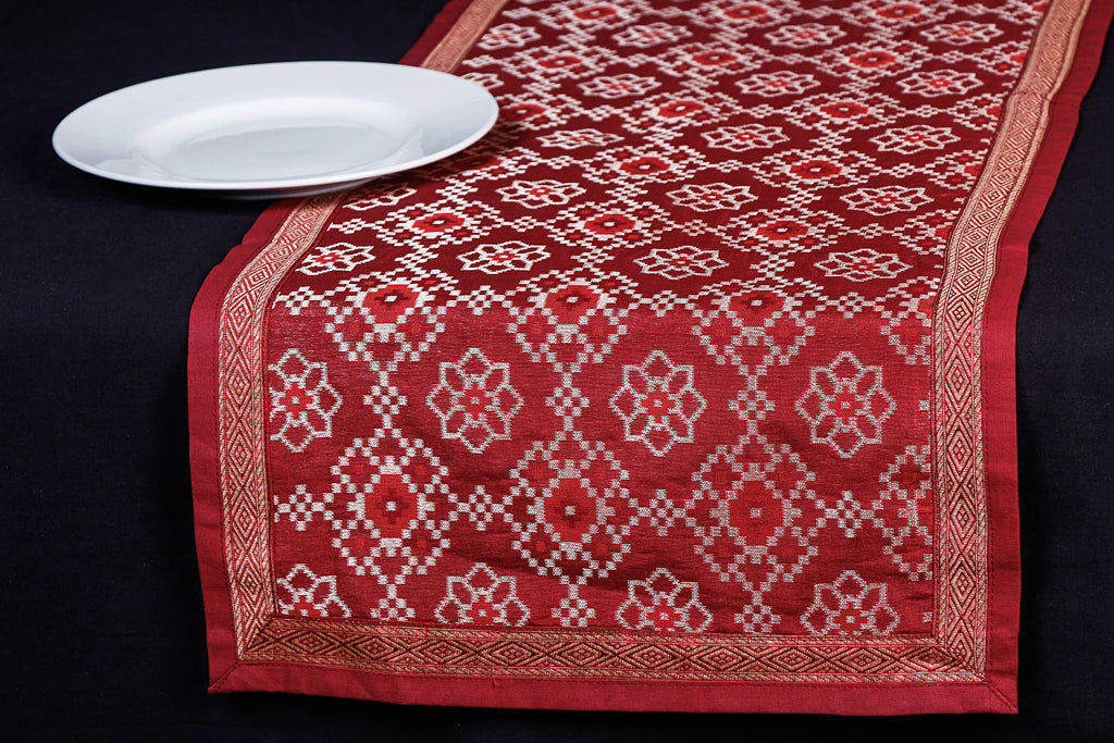Traditional Pure Banarasi Handwoven Silk Zari Table Runner (182 x 33 cm)
