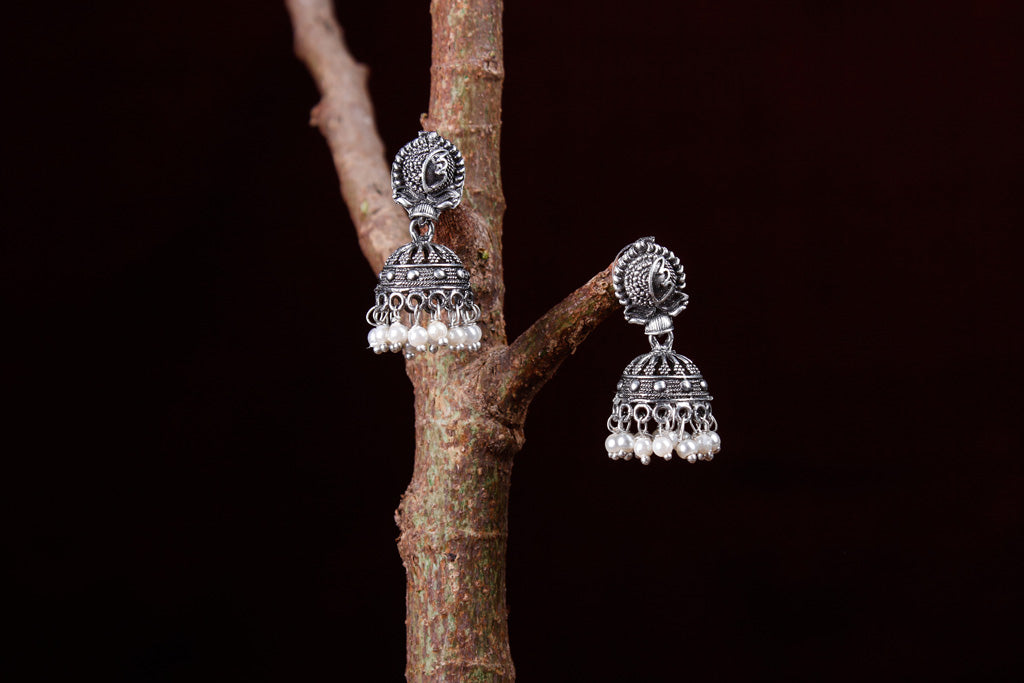 Special Oxidised Brass Base Antique Silver Finish Jhumki Earrings