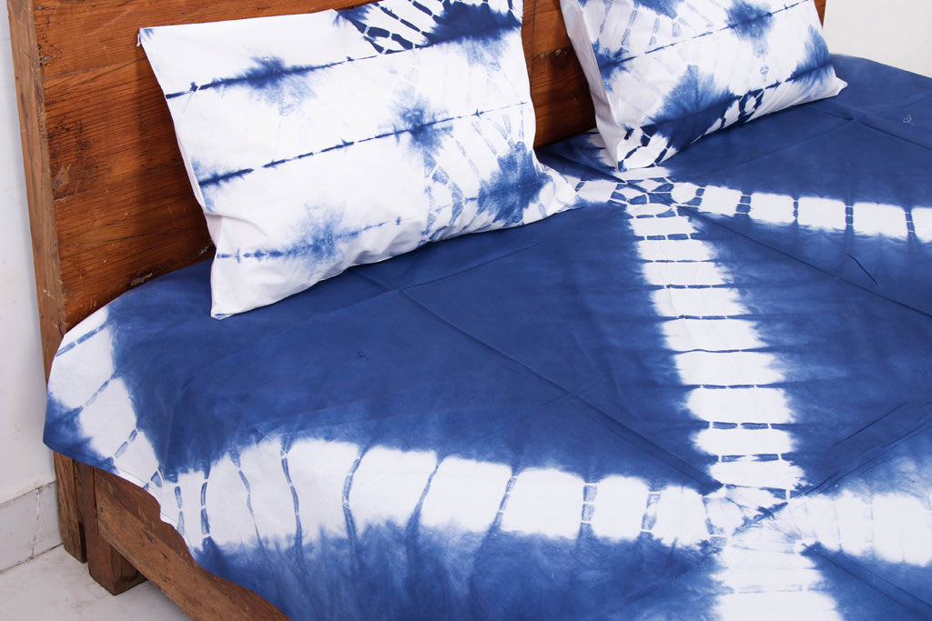 Shibori Tie-Dye Cotton Double Bed Cover with Pillow Covers (108 in x 90 in)