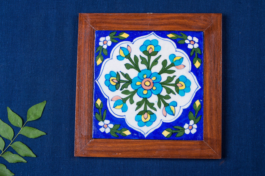 Original Blue Pottery Ceramic Tile Sheesham Wood Hot Plate (20cm x 20cm)