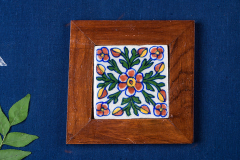 Original Blue Pottery Ceramic Tile Sheesham Wood Hot Plate (13cm x 13cm)
