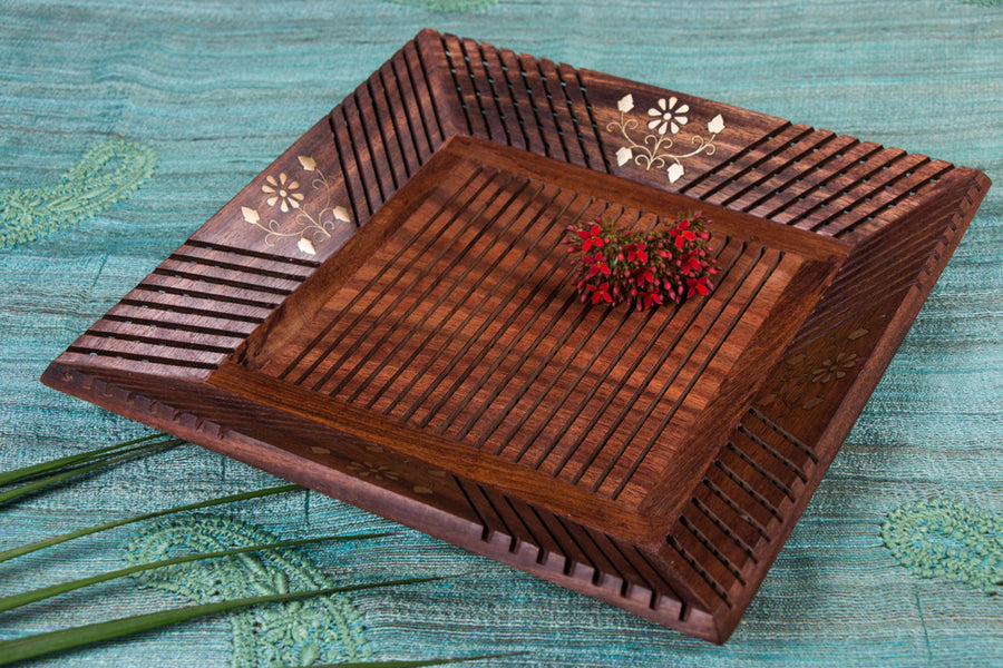 Handcarved Natural Sheesham Wooden Brass Inlay Tray (12 in x 12 in)