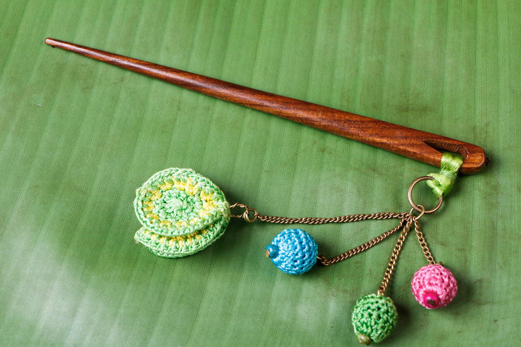 Handmade Flower Crochet Wooden Juda Stick by Samoolam