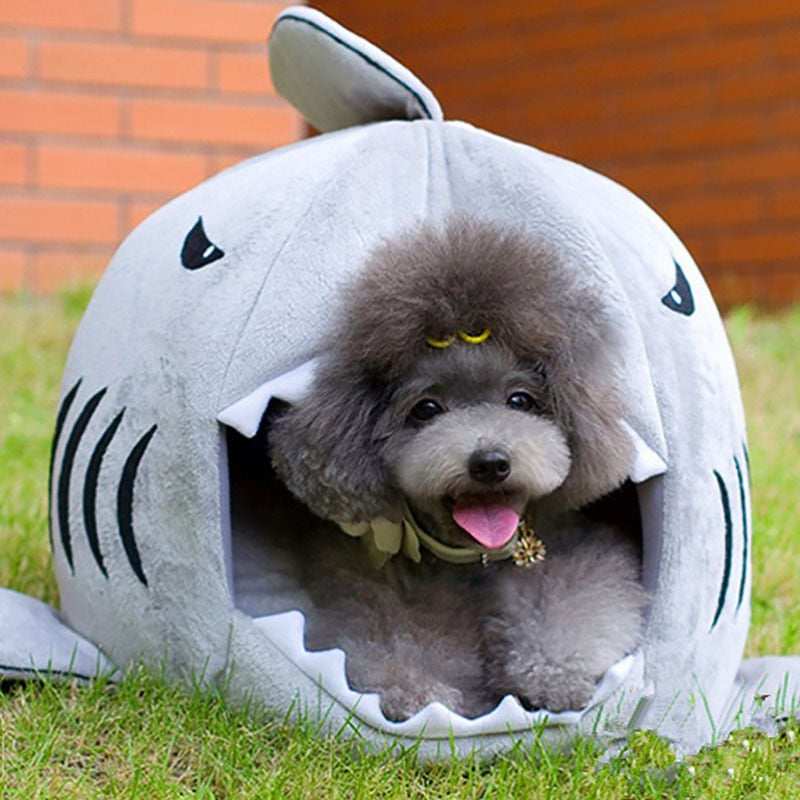 Soft & Cozy Shark Dog House for Dogs & Cats, Size S, M