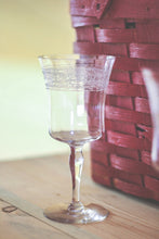 Load image into Gallery viewer, Etched Rim Wine Glasses