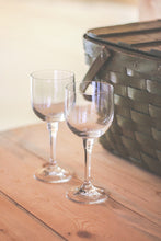 Load image into Gallery viewer, Crystal Wine Glasses - 4