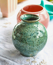 Load image into Gallery viewer, Blue/Green Vase