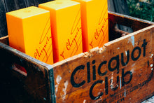 Load image into Gallery viewer, Clicquot Club Crate