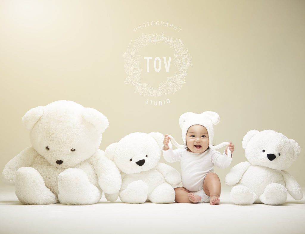 TOV Studio Portrait Session (Up to 2 people)