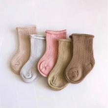 Load image into Gallery viewer, Ribbed Socks -Rose