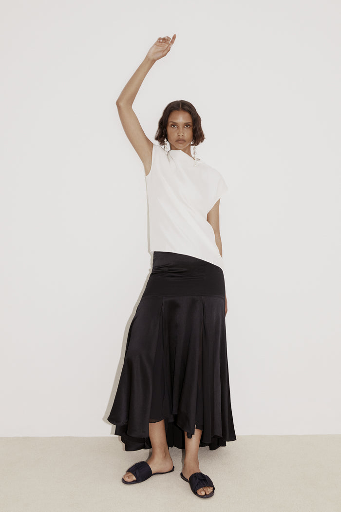 Tove Aster Silk Skirt Black