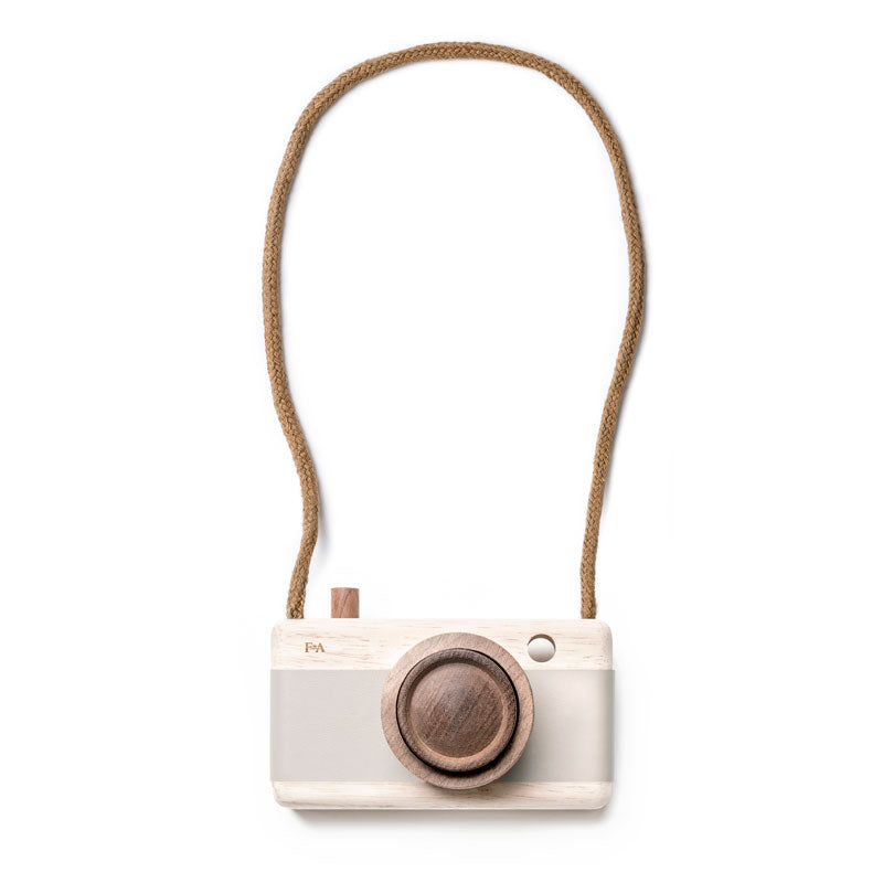 Fanny & Alexander Zoom Camera
