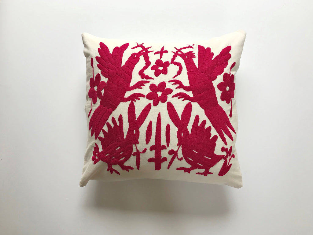 Flying birds fiusha Tenango Pillow