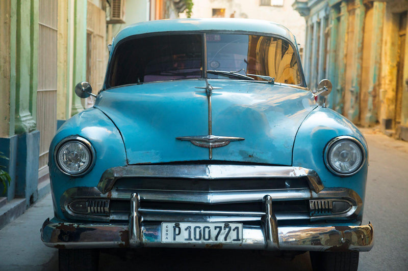 An old Chevrolet sits in Havana