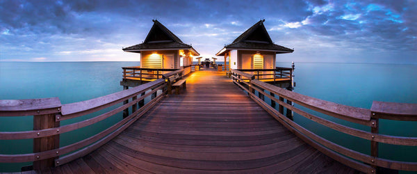 Photograph of the Naples Pier in florida at dusk.