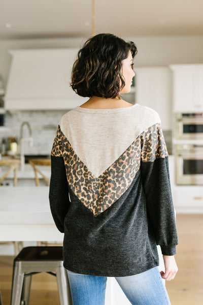 Chase The Chevron Top