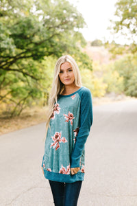 Flowery Velvet Raglan Top In Teal
