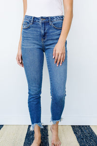 Judy Blue Shark Bite Frayed Hem Jeans