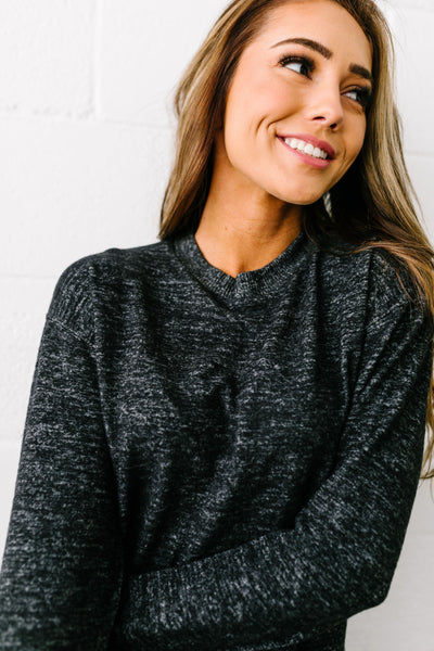 Terrific Two Toned Top In Black