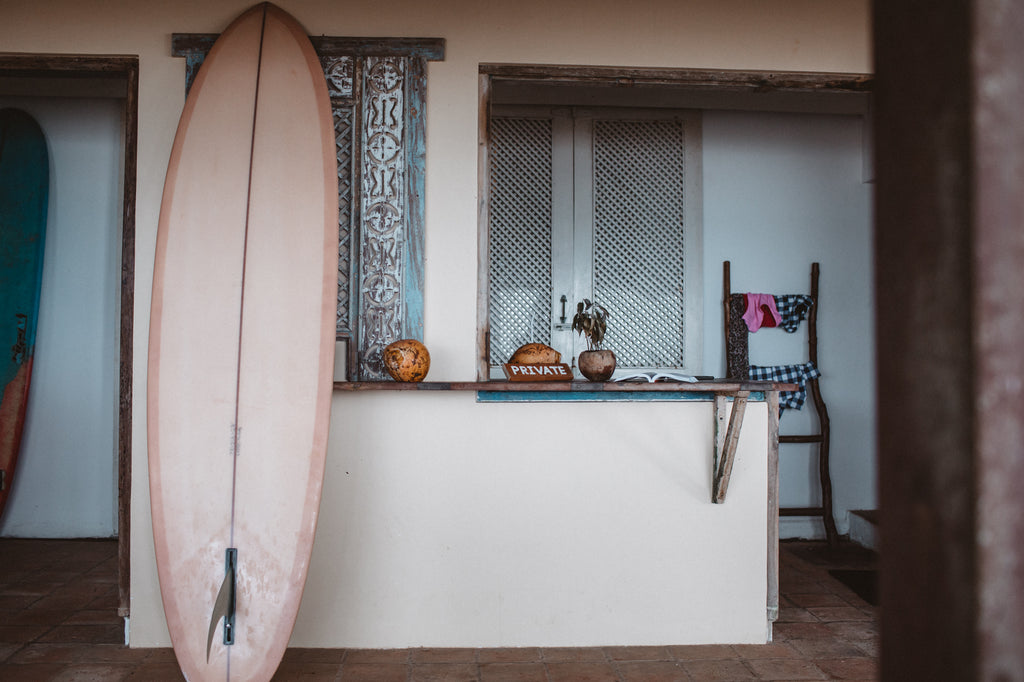Byron Bay Photographer, Carly Brown, hits Sri Lanka in April 2018 | www.saltgypsy.com #saltgypsy #womenwhosurf #sustainablesurf