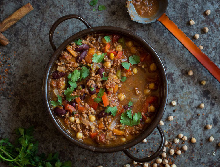 Click & Grow Guide to Beer and Food Pairing: Chili con Carne Recipe from Simone's Kitchen