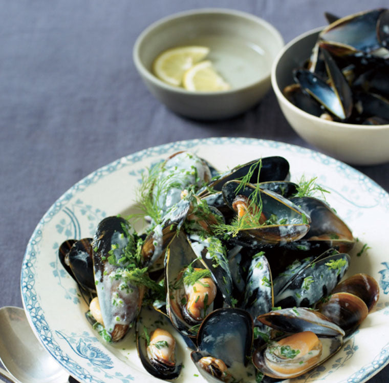 Click & Grow Guide for Beer and Food Pairing: Steamed Mussels with Cream and Herbs Recipe from Easy Recipes for Your Family
