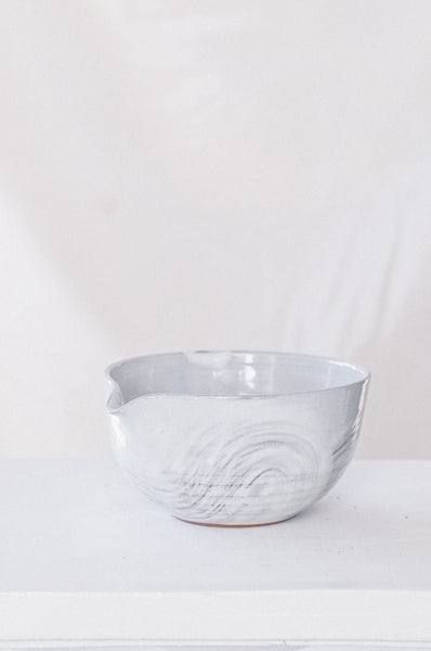 Hakeme Pouring Bowl
