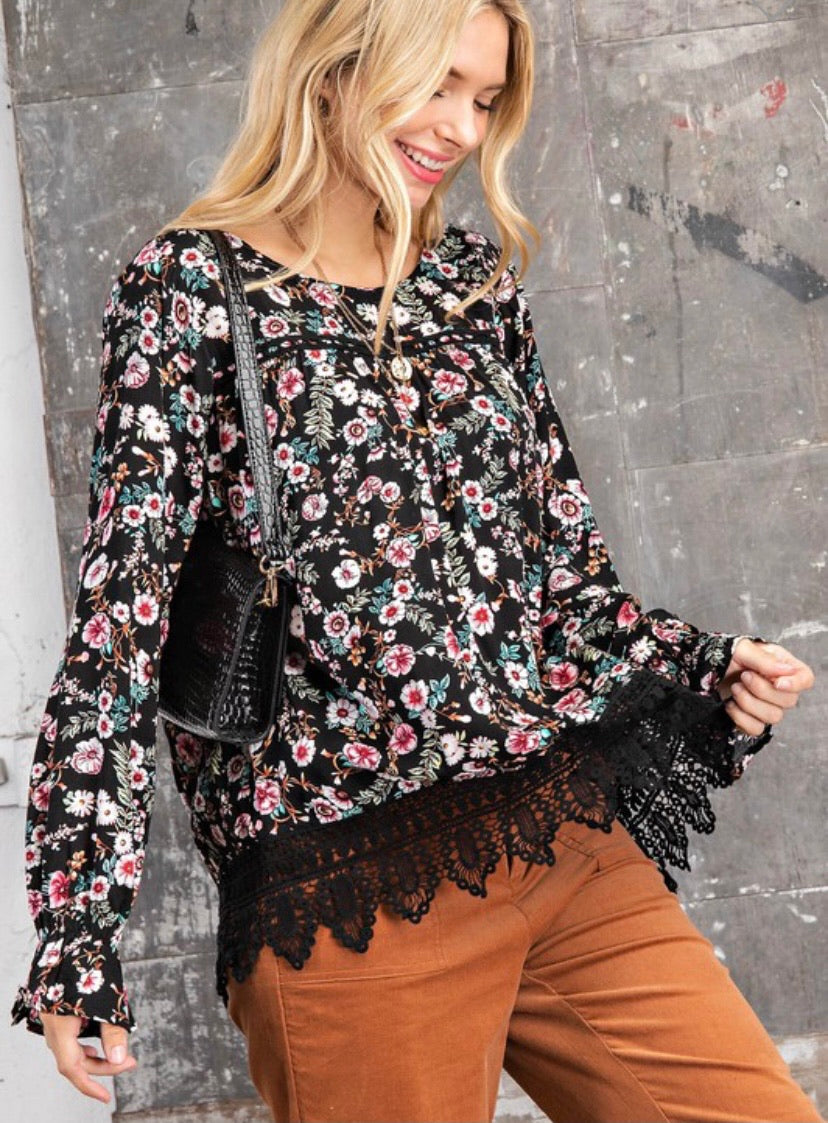 2283 - Flower Printed Lace Edge Blouse